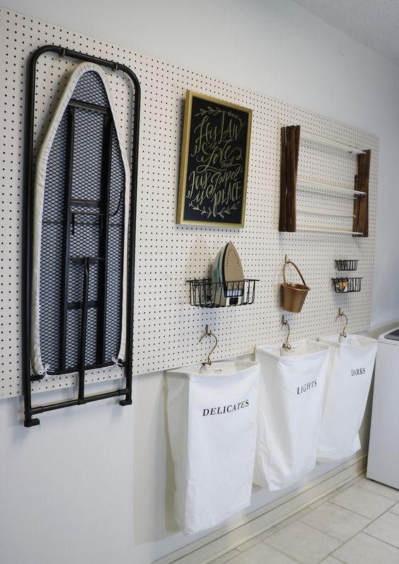 laundry-room-pegboard