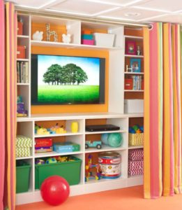 great toy storage ideas for your living room #organizing #toystorage #kidstoys #storage #hiddenstorage #hiddenstorageideas #toys #livingroom #homedecor #organizingonabudget #cleaning #pickingup #organization #homeorganization #keepingkidsorganized #toybox #babytoybox #childrensstoragesolutions #besttoystorage #livingroomideas